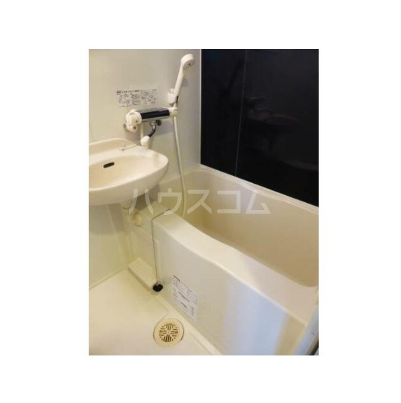 THEパームス東武練馬 404号室の風呂