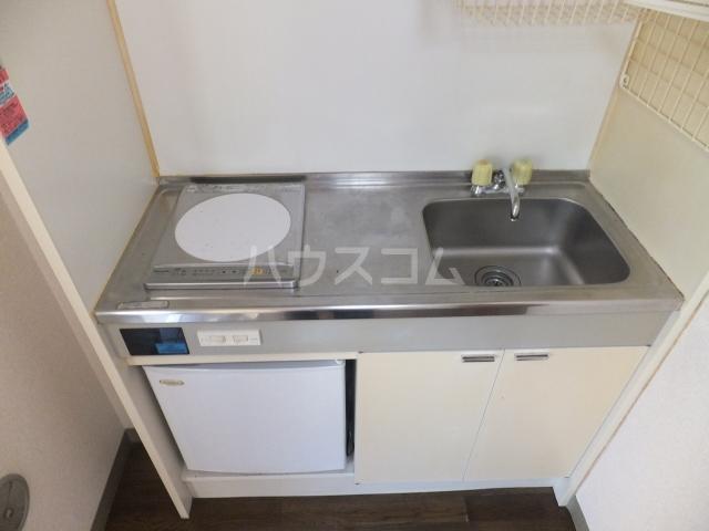 メモリアルプラザ 206号室のキッチン