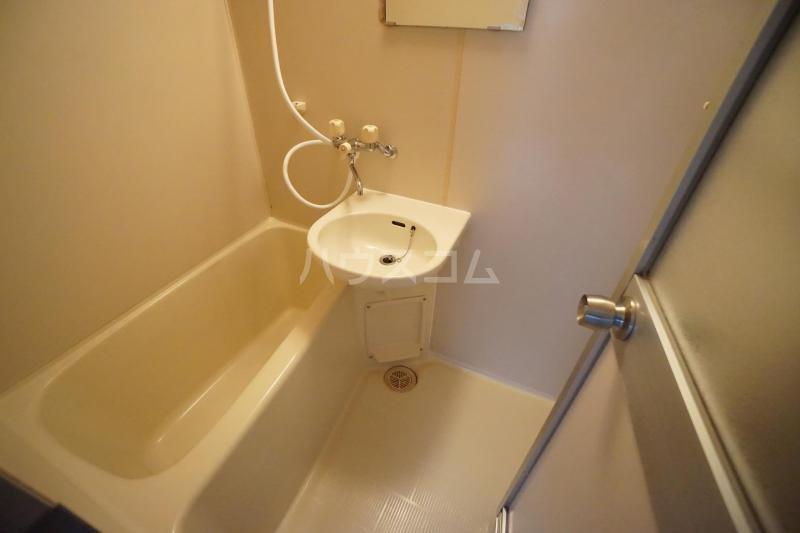 K'sコート曽根南 301号室の風呂