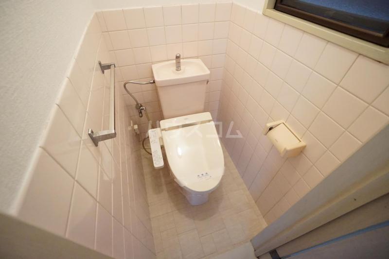 K'sコート曽根南 301号室のトイレ