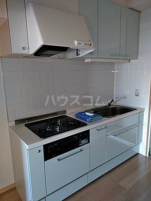 アクティ目黒駅前 1号棟 506号室のキッチン