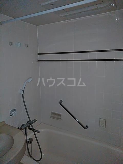アクティ目黒駅前 1号棟 506号室の風呂