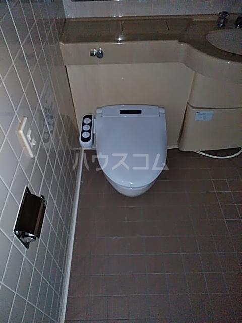 アクティ目黒駅前 1号棟 506号室のトイレ