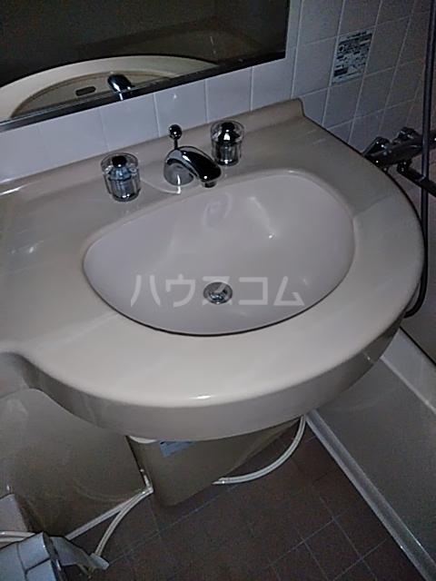 アクティ目黒駅前 1号棟 506号室の洗面所