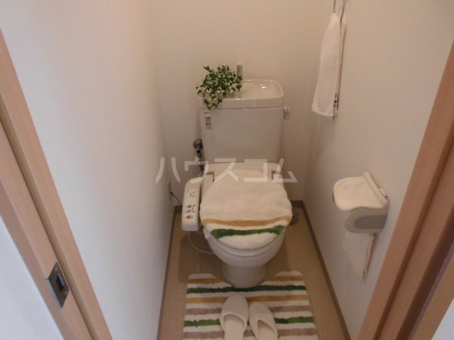 コリーナ宇多野 101号室のトイレ