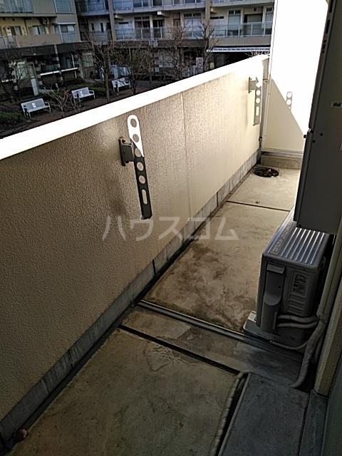 シティコート目黒 2号棟 201号室のバルコニー