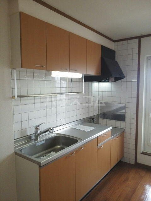 プレリーヴA 02010号室のキッチン