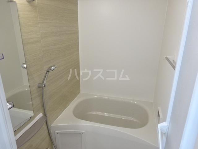 ラパンブルー 106号室の風呂