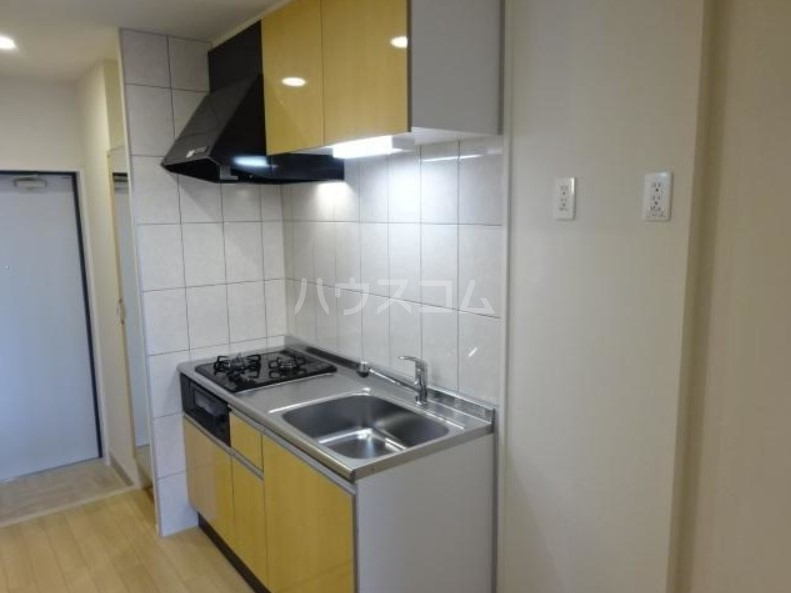 ラパンブルー 108号室のキッチン