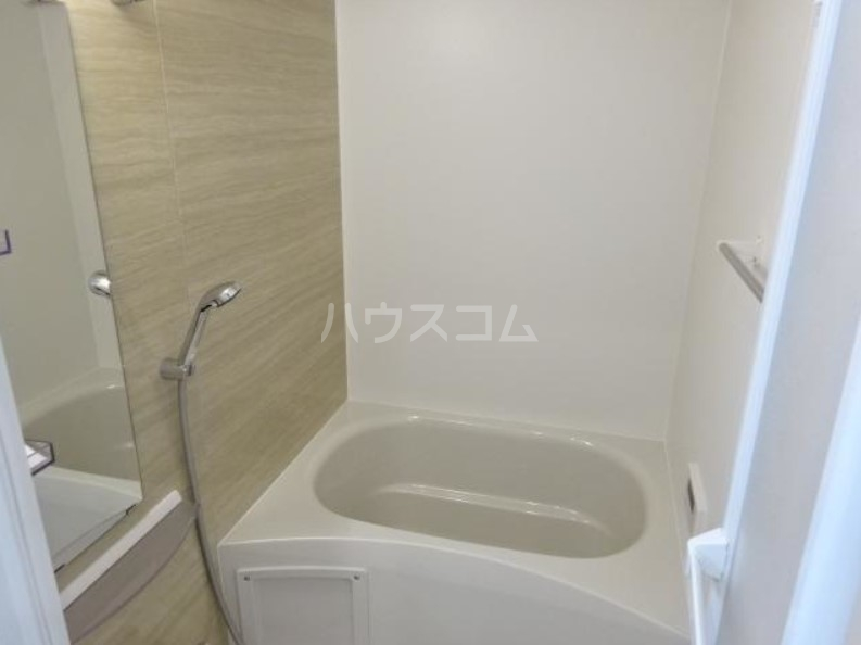 ラパンブルー 108号室の風呂