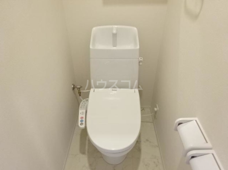 ラパンブルー 108号室のトイレ