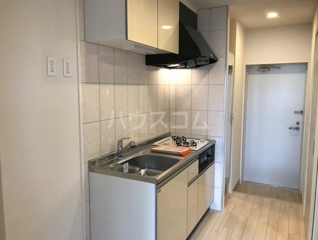 ラパンブルー 202号室のキッチン