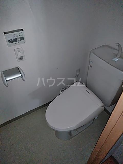 シティコート目黒 4号棟 217号室のトイレ
