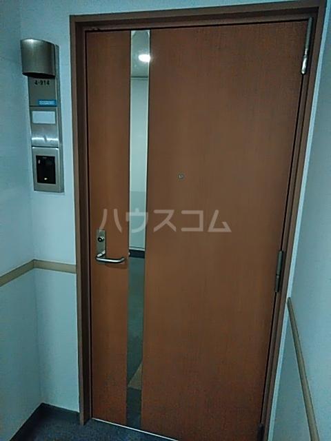 シティコート目黒 4号棟 914号室の玄関