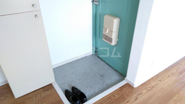 コートダルジャンⅢ 301号室の玄関