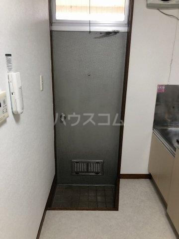 富士見荘 新館 202号室の玄関
