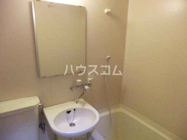 ベルポート八幡山 101号室の洗面所