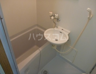 アムール上福岡 107号室の風呂