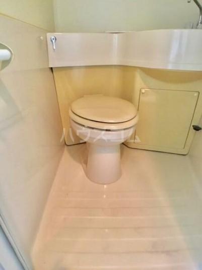 落合ミュージックハイム 106号室のトイレ