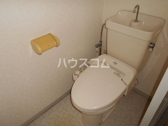 ファミール水瀬 203号室のトイレ