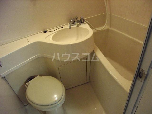 メゾン・ド・ノア天神町 507号室の風呂