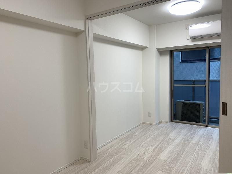 ガーラ・グランディ武蔵小杉 107号室のリビング