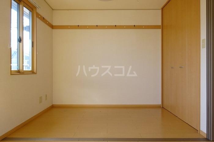 グランパパⅢ 202号室のベッドルーム