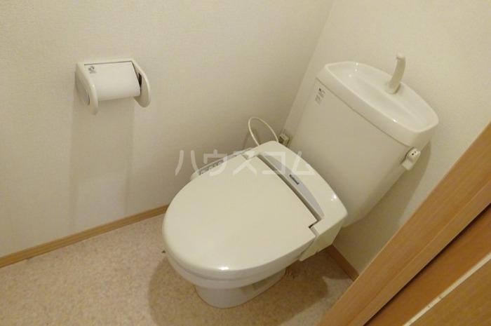 グランパパⅢ 202号室のトイレ
