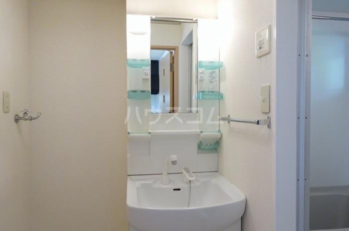 グランパパⅢ 202号室の洗面所