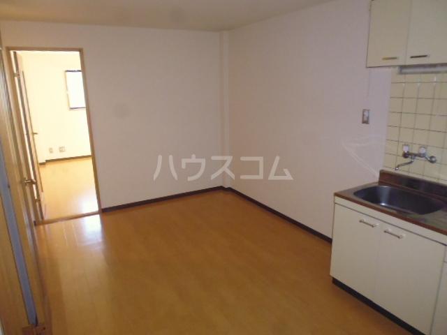 アンブラッセ 202号室の居室