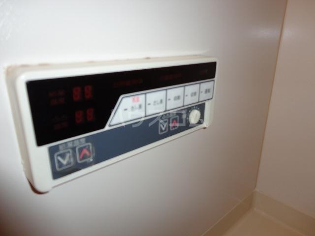 アンブラッセ 202号室の風呂