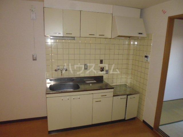 アンブラッセ 202号室のキッチン