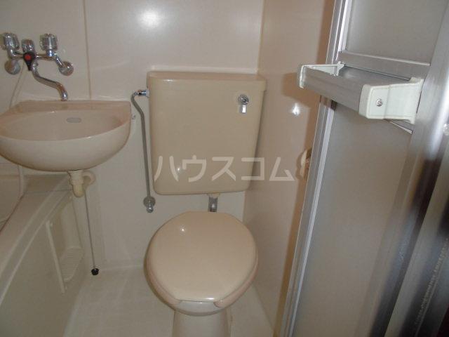 フレクションひばりヶ丘 202号室のトイレ
