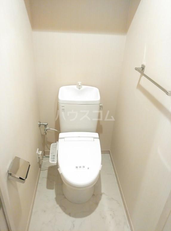 カスタリア要町 601号室のトイレ
