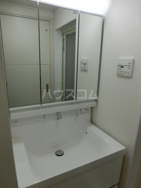 PRIMALE今池 102号室の洗面所