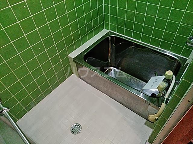 山ノ内北ノ口町貸家の風呂