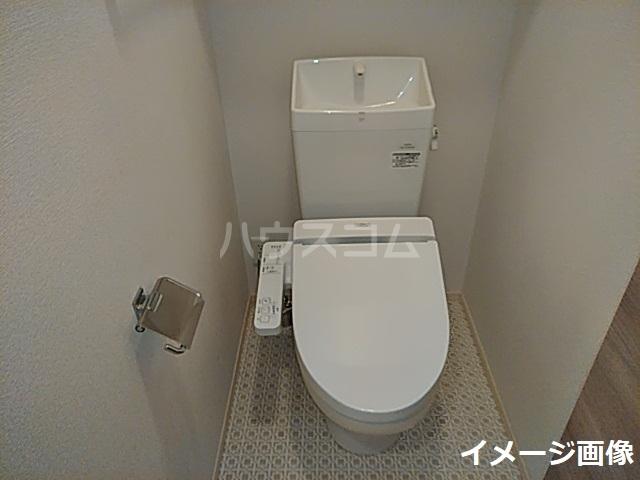 スカイヒル枚方B棟 102号室のトイレ