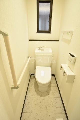 川越市岸町3丁目貸家のトイレ