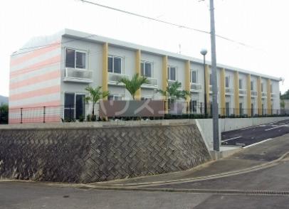 レオパレスサザンコーラル外観写真