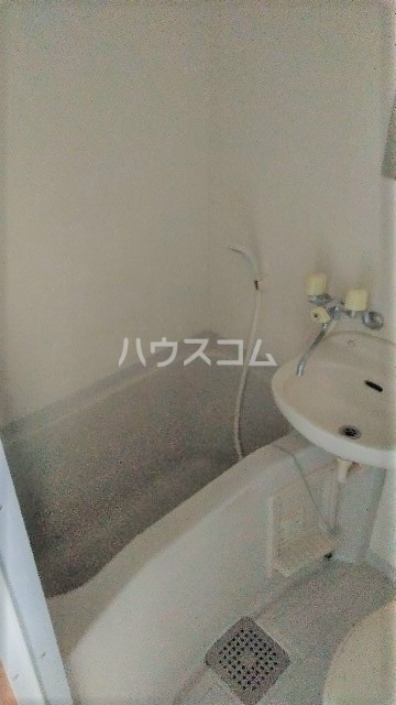 フラワーコーポⅡ 203号室の風呂