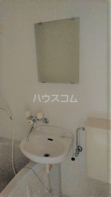 フラワーコーポⅡ 203号室の洗面所