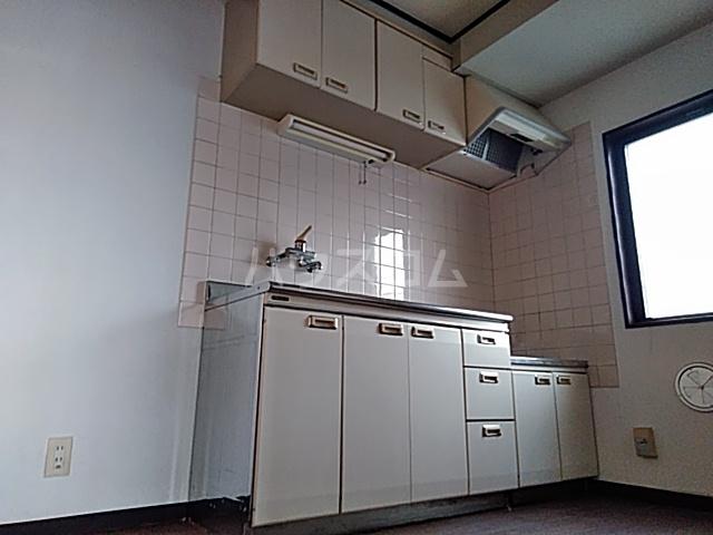 陣屋ビル 301号室のキッチン