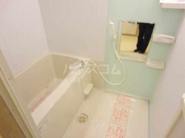 クオリカ太秦 306号室の風呂