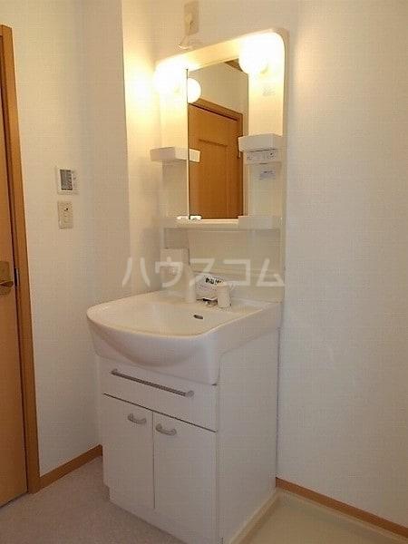 サンクレストⅡ 02030号室の洗面所