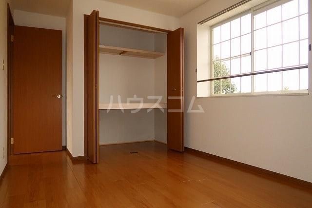 ソレアード B 02020号室の収納