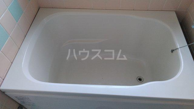第六美多摩 103号室の風呂