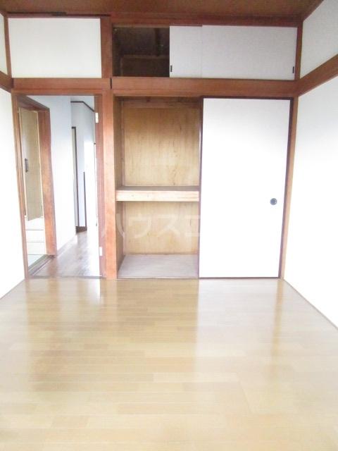 秋元コーポ A号室のリビング