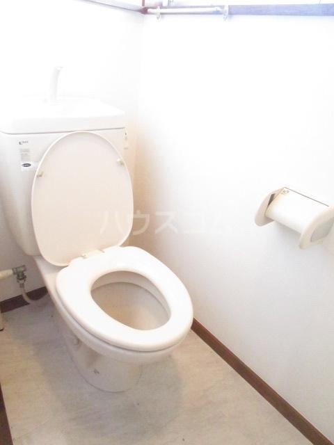 秋元コーポ A号室のトイレ