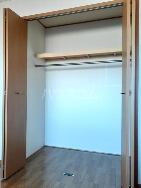 ミーティスパルース 03030号室の玄関