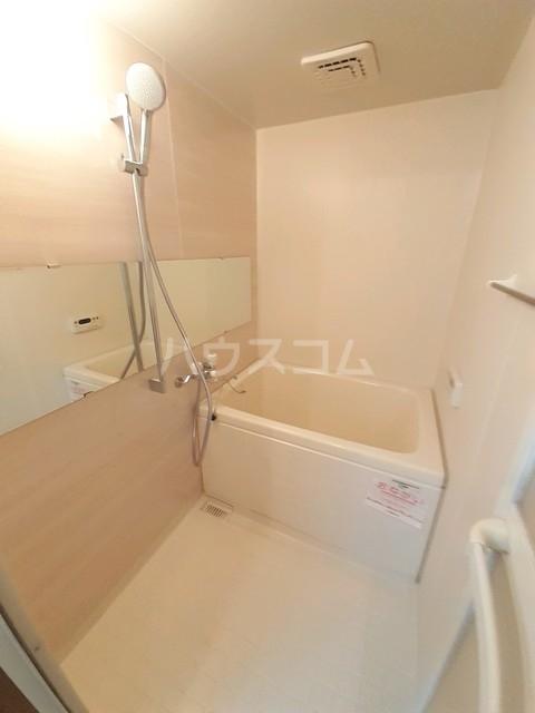 Orbly Y Ⅱ 01030号室の風呂